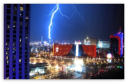 Lightning Over Las Vegas HD wallpaper for Standard 4:3 5:4 Fullscreen UXGA XGA SVGA QSXGA SXGA ; Wide 16:10 5:3 Widescreen WHXGA WQXGA WUXGA WXGA WGA ; HD 16:9 High Definition WQHD QWXGA 1080p 900p 720p QHD nHD ; Other 3:2 DVGA HVGA HQVGA devices ( Apple PowerBook G4 iPhone 4 3G 3GS iPod Touch ) ; Mobile VGA WVGA iPhone iPad PSP Phone - VGA QVGA Smartphone ( PocketPC GPS iPod Zune BlackBerry HTC Samsung LG Nokia Eten Asus ) WVGA WQVGA Smartphone ( HTC Samsung Sony Ericsson LG Vertu MIO ) HVGA Smartphone ( Apple iPhone iPod BlackBerry HTC Samsung Nokia ) Sony PSP Zune HD Zen ; Tablet 2 Android ;