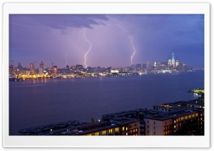 Lightning over New York City HD Wide Wallpaper for 4K UHD Widescreen desktop & smartphone