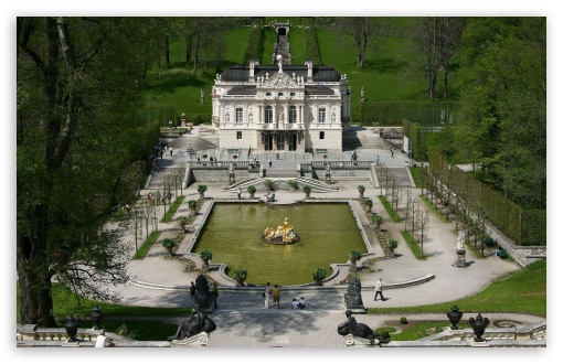 Linderhof Castle, Germany HD wallpaper for Wide 16:10 5:3 Widescreen WHXGA WQXGA WUXGA WXGA WGA ; HD 16:9 High Definition WQHD QWXGA 1080p 900p 720p QHD nHD ; Mobile 5:3 16:9 - WGA WQHD QWXGA 1080p 900p 720p QHD nHD ;