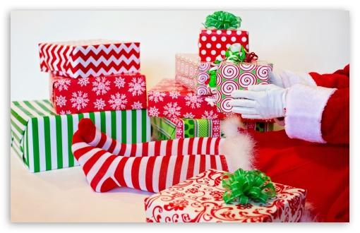 Lots of Gifts, Christmas UltraHD Wallpaper for Wide 16:10 5:3 Widescreen WHXGA WQXGA WUXGA WXGA WGA ; UltraWide 21:9 24:10 ; 8K UHD TV 16:9 Ultra High Definition 2160p 1440p 1080p 900p 720p ; UHD 16:9 2160p 1440p 1080p 900p 720p ; Standard 4:3 5:4 3:2 Fullscreen UXGA XGA SVGA QSXGA SXGA DVGA HVGA HQVGA ( Apple PowerBook G4 iPhone 4 3G 3GS iPod Touch ) ; Tablet 1:1 ; iPad 1/2/Mini ; Mobile 4:3 5:3 3:2 16:9 5:4 - UXGA XGA SVGA WGA DVGA HVGA HQVGA ( Apple PowerBook G4 iPhone 4 3G 3GS iPod Touch ) 2160p 1440p 1080p 900p 720p QSXGA SXGA ;