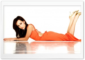 Maggie Q HD Wide Wallpaper for Widescreen