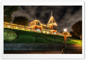 Main Street Train Station at Halloween HD Wide Wallpaper for 4K UHD Widescreen desktop & smartphone