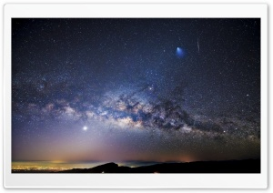 Milky Way Over City HD Wide Wallpaper for 4K UHD Widescreen desktop & smartphone