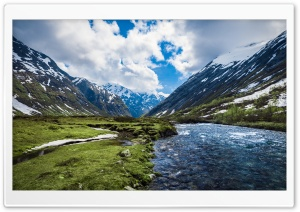 Mountain River In Norway HD Wide Wallpaper for 4K UHD Widescreen desktop & smartphone