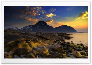 Mountains By The Sea HD Wide Wallpaper for 4K UHD Widescreen desktop & smartphone