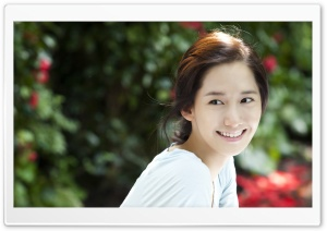 Natural Smile HD Wide Wallpaper for Widescreen