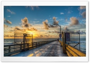 Ocean Beach Pier HD Wide Wallpaper for 4K UHD Widescreen desktop & smartphone