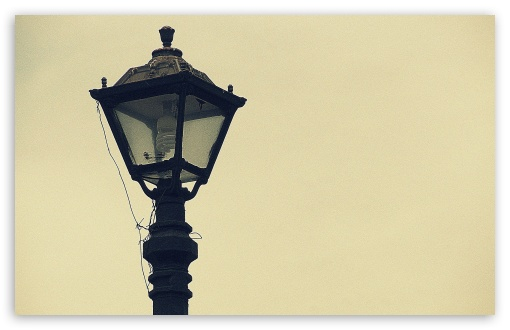 Old Street Lamp HD wallpaper for Wide 16:10 Widescreen WHXGA WQXGA WUXGA WXGA ; HD 16:9 High Definition WQHD QWXGA 1080p 900p 720p QHD nHD ;