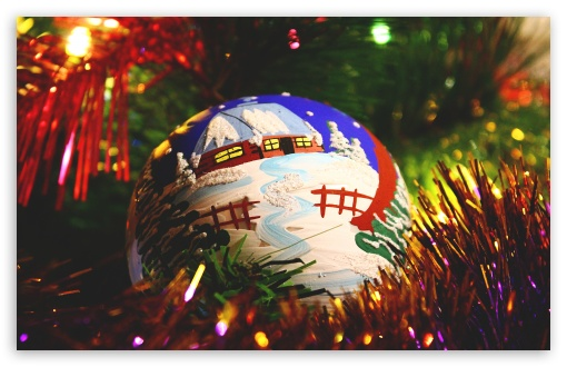 Painted Christmas Ball HD wallpaper for Wide 16:10 5:3 Widescreen WHXGA WQXGA WUXGA WXGA WGA ; HD 16:9 High Definition WQHD QWXGA 1080p 900p 720p QHD nHD ; UHD 16:9 WQHD QWXGA 1080p 900p 720p QHD nHD ; Standard 4:3 5:4 3:2 Fullscreen UXGA XGA SVGA QSXGA SXGA DVGA HVGA HQVGA devices ( Apple PowerBook G4 iPhone 4 3G 3GS iPod Touch ) ; Tablet 1:1 ; iPad 1/2/Mini ; Mobile 4:3 5:3 3:2 16:9 5:4 - UXGA XGA SVGA WGA DVGA HVGA HQVGA devices ( Apple PowerBook G4 iPhone 4 3G 3GS iPod Touch ) WQHD QWXGA 1080p 900p 720p QHD nHD QSXGA SXGA ;