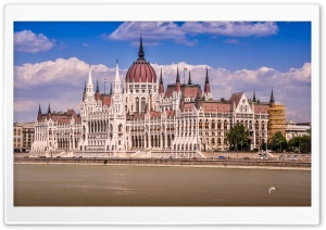 Parliament of Budapest, Hungary HD Wide Wallpaper for 4K UHD Widescreen desktop & smartphone