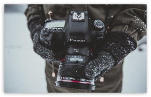 Photographer, Canon 5D Camera, Hands, Snow Falling, Winter ❤ 4K UHD Wallpaper for Wide 16:10 5:3 Widescreen WHXGA WQXGA WUXGA WXGA WGA ; UltraWide 21:9 24:10 ; 4K UHD 16:9 Ultra High Definition 2160p 1440p 1080p 900p 720p ; UHD 16:9 2160p 1440p 1080p 900p 720p ; Standard 4:3 5:4 3:2 Fullscreen UXGA XGA SVGA QSXGA SXGA DVGA HVGA HQVGA ( Apple PowerBook G4 iPhone 4 3G 3GS iPod Touch ) ; Tablet 1:1 ; iPad 1/2/Mini ; Mobile 4:3 5:3 3:2 16:9 5:4 - UXGA XGA SVGA WGA DVGA HVGA HQVGA ( Apple PowerBook G4 iPhone 4 3G 3GS iPod Touch ) 2160p 1440p 1080p 900p 720p QSXGA SXGA ;