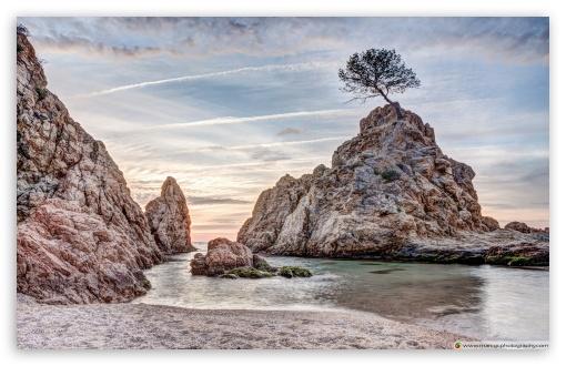 Download Platja de la Mar Menuda, Tossa de Mar Catalonia UltraHD Wallpaper
