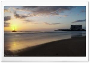 Plettenberg Bay Main Beach HD Wide Wallpaper for 4K UHD Widescreen desktop & smartphone