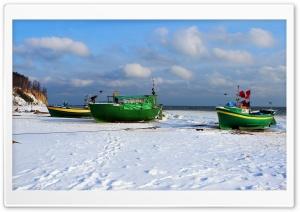 Poland Coast Winter Motorboat Ultra HD Wallpaper for 4K UHD Widescreen desktop, tablet & smartphone