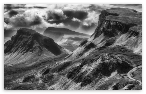 Download Quiraing Black and White UltraHD Wallpaper
