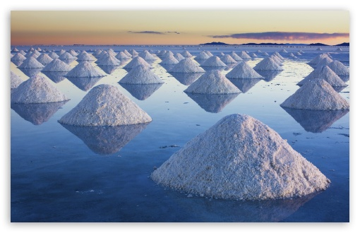 Salt Mounds At Salar De Uyuni, Bolivia ❤ 4K UHD Wallpaper for Wide 16:10 5:3 Widescreen WHXGA WQXGA WUXGA WXGA WGA ; 4K UHD 16:9 Ultra High Definition 2160p 1440p 1080p 900p 720p ; Standard 4:3 5:4 3:2 Fullscreen UXGA XGA SVGA QSXGA SXGA DVGA HVGA HQVGA ( Apple PowerBook G4 iPhone 4 3G 3GS iPod Touch ) ; Tablet 1:1 ; iPad 1/2/Mini ; Mobile 4:3 5:3 3:2 16:9 5:4 - UXGA XGA SVGA WGA DVGA HVGA HQVGA ( Apple PowerBook G4 iPhone 4 3G 3GS iPod Touch ) 2160p 1440p 1080p 900p 720p QSXGA SXGA ;