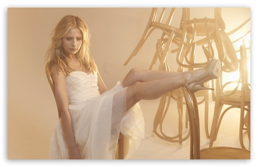 Sarah Michelle Gellar In A White Dress HD wallpaper for Wide 16:10 5:3 Widescreen WHXGA WQXGA WUXGA WXGA WGA ; HD 16:9 High Definition WQHD QWXGA 1080p 900p 720p QHD nHD ; Standard 4:3 5:4 3:2 Fullscreen UXGA XGA SVGA QSXGA SXGA DVGA HVGA HQVGA devices ( Apple PowerBook G4 iPhone 4 3G 3GS iPod Touch ) ; Tablet 1:1 ; iPad 1/2/Mini ; Mobile 4:3 5:3 3:2 5:4 - UXGA XGA SVGA WGA DVGA HVGA HQVGA devices ( Apple PowerBook G4 iPhone 4 3G 3GS iPod Touch ) QSXGA SXGA ;