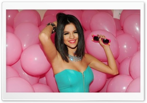 Selena Gomez Hot HD Wide Wallpaper for Widescreen