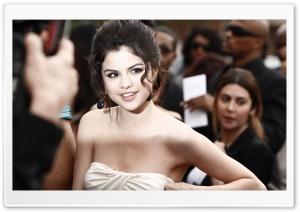 Selena Gomez Premiere HD Wide Wallpaper for Widescreen