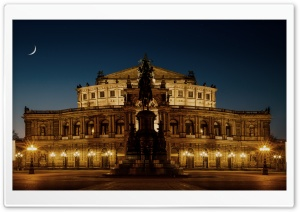 Semperoper Opera House Ultra HD Wallpaper for 4K UHD Widescreen desktop, tablet & smartphone