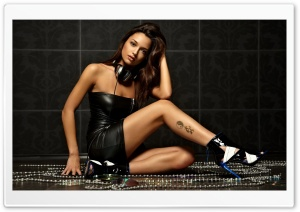 Sexy DJ HD Wide Wallpaper for Widescreen