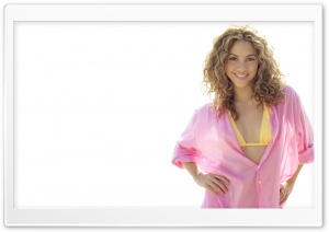 Shakira Mebarak 64 HD Wide Wallpaper for 4K UHD Widescreen desktop & smartphone