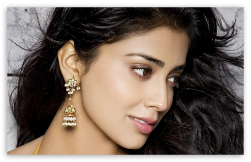 shriya widescreen