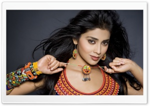 Shriya Saran Actress HD Wide Wallpaper for Widescreen