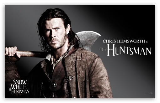 Snow White And The HuntsMan, Chris Hemsworth as the Huntsman HD wallpaper for Wide 16:10 5:3 Widescreen WHXGA WQXGA WUXGA WXGA WGA ; HD 16:9 High Definition WQHD QWXGA 1080p 900p 720p QHD nHD ; Mobile 5:3 16:9 - WGA WQHD QWXGA 1080p 900p 720p QHD nHD ;