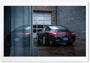 Snowing on a Porsche Carrera GTS 4 HD Wide Wallpaper for Widescreen
