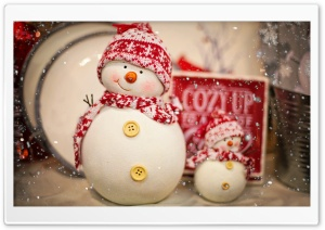 Snowman Christmas Decoration Ultra HD Wallpaper for 4K UHD Widescreen desktop, tablet & smartphone