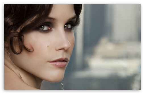 Sophia Bush Close Up HD wallpaper for Wide 16:10 5:3 Widescreen WHXGA WQXGA WUXGA WXGA WGA ; HD 16:9 High Definition WQHD QWXGA 1080p 900p 720p QHD nHD ; Standard 4:3 5:4 3:2 Fullscreen UXGA XGA SVGA QSXGA SXGA DVGA HVGA HQVGA devices ( Apple PowerBook G4 iPhone 4 3G 3GS iPod Touch ) ; Tablet 1:1 ; iPad 1/2/Mini ; Mobile 4:3 5:3 3:2 16:9 5:4 - UXGA XGA SVGA WGA DVGA HVGA HQVGA devices ( Apple PowerBook G4 iPhone 4 3G 3GS iPod Touch ) WQHD QWXGA 1080p 900p 720p QHD nHD QSXGA SXGA ;