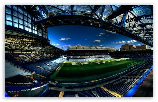 構造美が素晴らしいきれいなサッカースタディアム