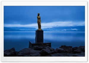 Statue of Tatsuko, Lake Tazawa HD Wide Wallpaper for 4K UHD Widescreen desktop & smartphone