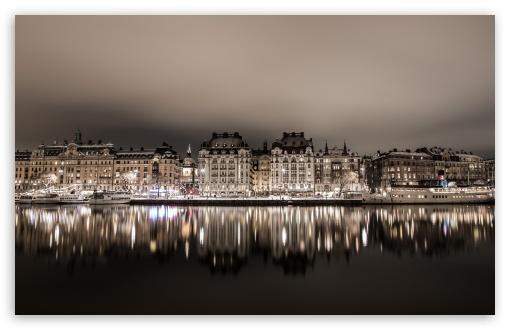 Download Stockholm Night HD Wallpaper