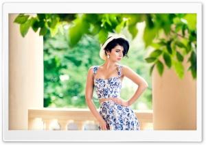 Summer Floral Dress Woman HD Wide Wallpaper for 4K UHD Widescreen desktop & smartphone