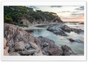 Sunrise at Cala Estreta Palamos, Catalonia HD Wide Wallpaper for 4K UHD Widescreen desktop & smartphone