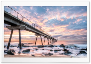 Sunrise at Pont del Petroli Badalona, Catalonia Ultra HD Wallpaper for 4K UHD Widescreen desktop, tablet & smartphone