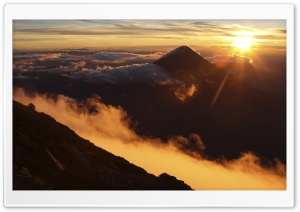 Sunrise Over Acatenango Volcano, Guatemala HD Wide Wallpaper for Widescreen
