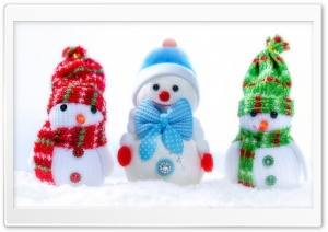 Three Snowmen Ultra HD Wallpaper for 4K UHD Widescreen desktop, tablet & smartphone