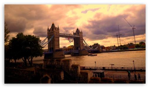 Tower Bridge, London HD wallpaper for HD 16:9 High Definition WQHD QWXGA 1080p 900p 720p QHD nHD ; UHD 16:9 WQHD QWXGA 1080p 900p 720p QHD nHD ; Mobile 16:9 - WQHD QWXGA 1080p 900p 720p QHD nHD ;