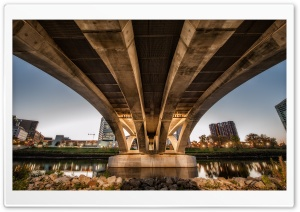 Under Rich Street Bridge HD Wide Wallpaper for 4K UHD Widescreen desktop & smartphone