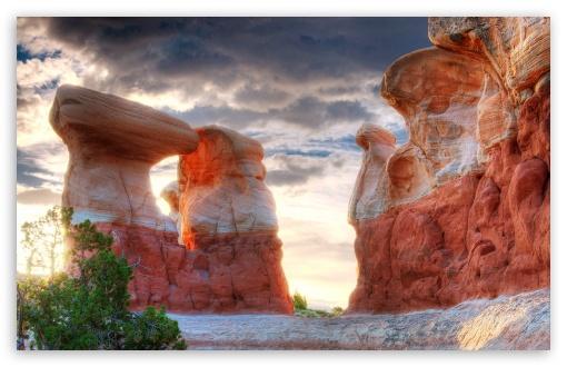 Utah Monument Valley Rocks ❤ 4K UHD Wallpaper for Wide 16:10 5:3 Widescreen WHXGA WQXGA WUXGA WXGA WGA ; 4K UHD 16:9 Ultra High Definition 2160p 1440p 1080p 900p 720p ; UHD 16:9 2160p 1440p 1080p 900p 720p ; Mobile 5:3 - WGA ;
