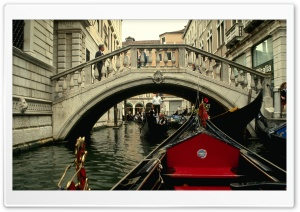 Venice Gondola Ride HD Wide Wallpaper for 4K UHD Widescreen desktop & smartphone