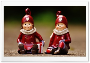 Vintage Christmas Figurines HD Wide Wallpaper for 4K UHD Widescreen desktop & smartphone