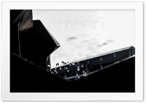 Water drops HD Wide Wallpaper for 4K UHD Widescreen desktop & smartphone