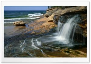 Waterfall Scenery Ultra HD Wallpaper for 4K UHD Widescreen desktop, tablet & smartphone
