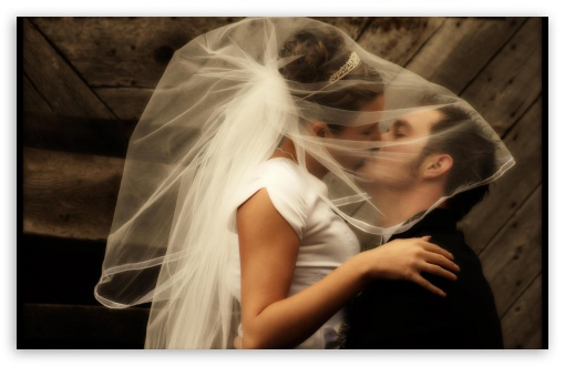 Wedding Kiss HD wallpaper for Wide 16:10 5:3 Widescreen WHXGA WQXGA WUXGA WXGA WGA ; HD 16:9 High Definition WQHD QWXGA 1080p 900p 720p QHD nHD ; Standard 4:3 5:4 3:2 Fullscreen UXGA XGA SVGA QSXGA SXGA DVGA HVGA HQVGA devices ( Apple PowerBook G4 iPhone 4 3G 3GS iPod Touch ) ; Tablet 1:1 ; iPad 1/2/Mini ; Mobile 4:3 5:3 3:2 16:9 5:4 - UXGA XGA SVGA WGA DVGA HVGA HQVGA devices ( Apple PowerBook G4 iPhone 4 3G 3GS iPod Touch ) WQHD QWXGA 1080p 900p 720p QHD nHD QSXGA SXGA ;