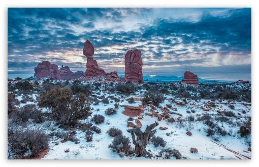 Winter, Balanced Rock, Arches National Park, Moab, Utah ❤ 4K UHD Wallpaper for Wide 16:10 5:3 Widescreen WHXGA WQXGA WUXGA WXGA WGA ; UltraWide 21:9 24:10 ; 4K UHD 16:9 Ultra High Definition 2160p 1440p 1080p 900p 720p ; UHD 16:9 2160p 1440p 1080p 900p 720p ; Standard 4:3 5:4 3:2 Fullscreen UXGA XGA SVGA QSXGA SXGA DVGA HVGA HQVGA ( Apple PowerBook G4 iPhone 4 3G 3GS iPod Touch ) ; Tablet 1:1 ; iPad 1/2/Mini ; Mobile 4:3 5:3 3:2 16:9 5:4 - UXGA XGA SVGA WGA DVGA HVGA HQVGA ( Apple PowerBook G4 iPhone 4 3G 3GS iPod Touch ) 2160p 1440p 1080p 900p 720p QSXGA SXGA ;