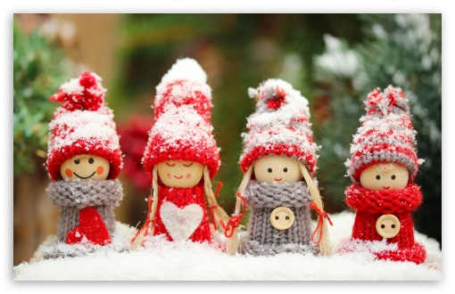 Winter Dolls HD wallpaper for Wide 16:10 5:3 Widescreen WHXGA WQXGA WUXGA WXGA WGA ; HD 16:9 High Definition WQHD QWXGA 1080p 900p 720p QHD nHD ; Standard 3:2 Fullscreen DVGA HVGA HQVGA devices ( Apple PowerBook G4 iPhone 4 3G 3GS iPod Touch ) ; iPad 1/2/Mini ; Mobile 4:3 5:3 3:2 16:9 - UXGA XGA SVGA WGA DVGA HVGA HQVGA devices ( Apple PowerBook G4 iPhone 4 3G 3GS iPod Touch ) WQHD QWXGA 1080p 900p 720p QHD nHD ;